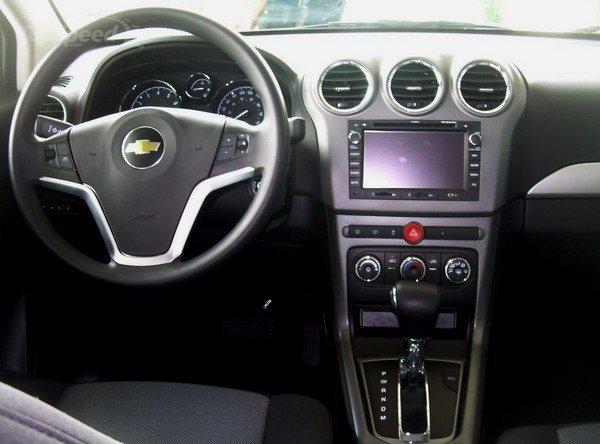 2014 Chevrolet Captiva Sport interior